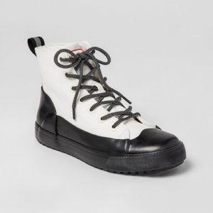 Hunter Boots Woman size 11.5 Men's 9.5
